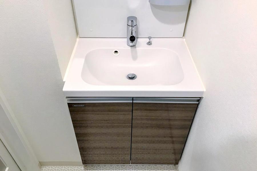 身だしなみに欠かせない洗面台。需要の高い独立タイプです