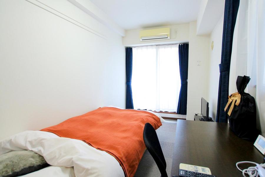 お部屋は東向き。朝日が差し込むお部屋で気持ち良い一日のスタートを!