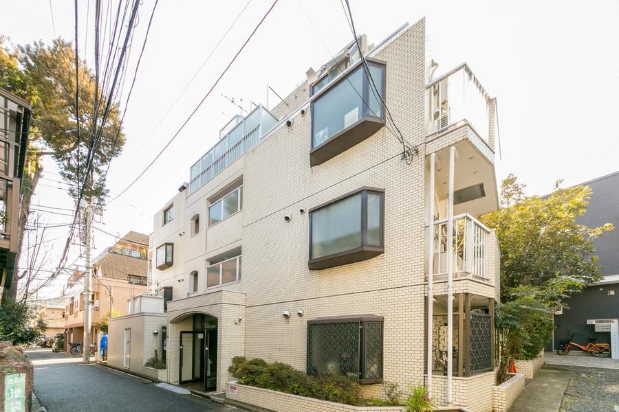 新宿、渋谷と並ぶ都内3大副都心・池袋。人気のエリアで過ごしてみませんか?