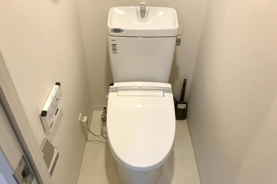 お手洗いはセパレート式で衛生面も安心。シャワートイレ完備です