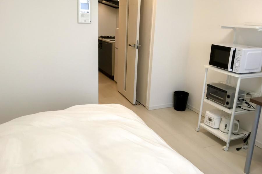 室内インターホンはモニタ付。来客時に顔が確認できるので安心です