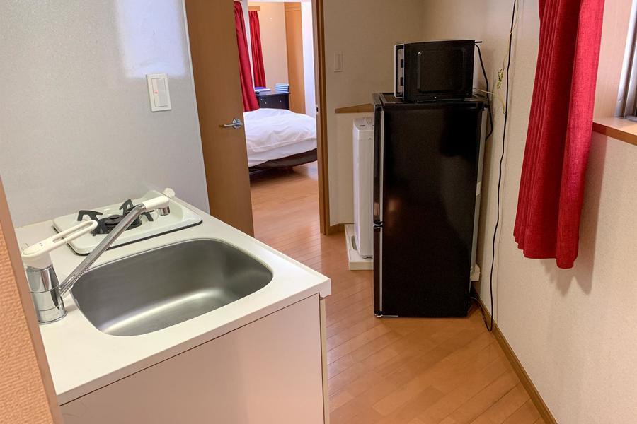 洗濯機、冷蔵庫など家電類はキッチン周辺にまとめ使いやすさアップ!