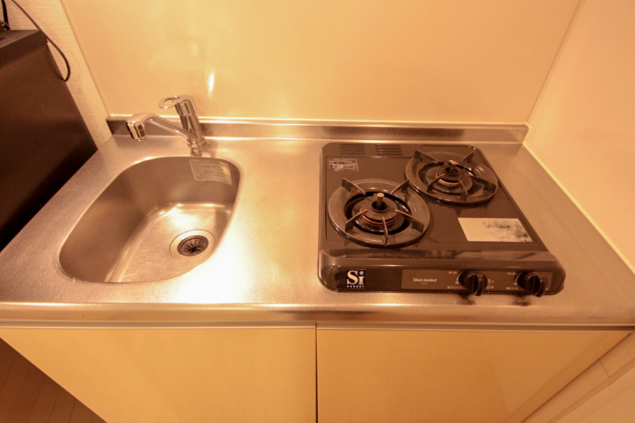 お料理に便利な二口タイプ。安心火力のガスコンロです