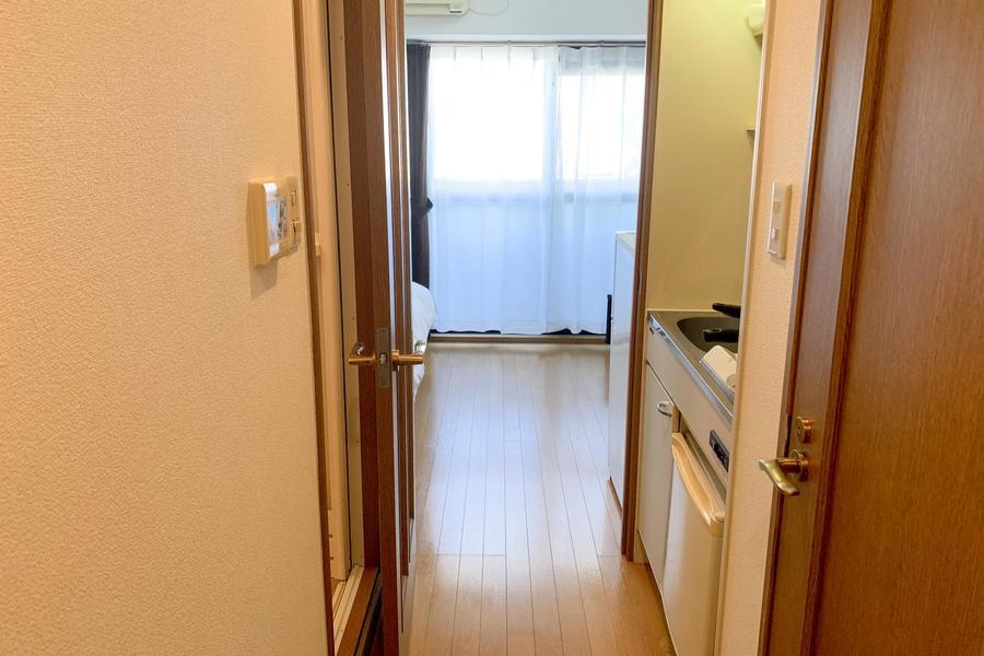 お部屋とキッチンの間はフラットなつくり。足元も安心です