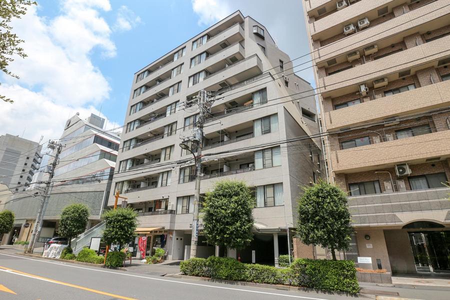 驚きの駅徒歩3分。新宿、六本木、上野から汐留方面まで1本でいけちゃいます