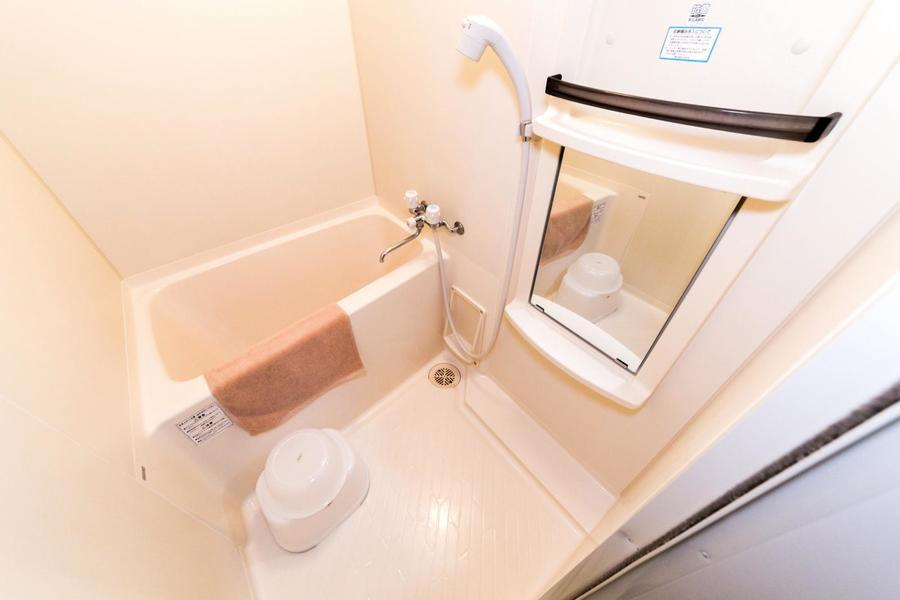 毎日使うバスルーム。清潔感にあふれています