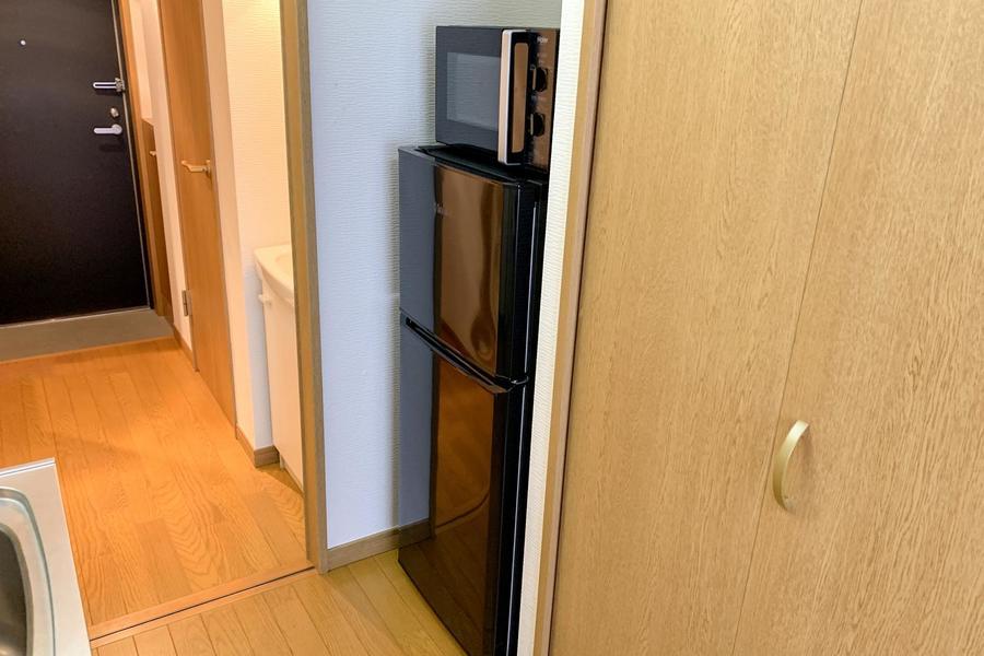 冷蔵庫はクローゼット脇に設置しすっきりとした印象