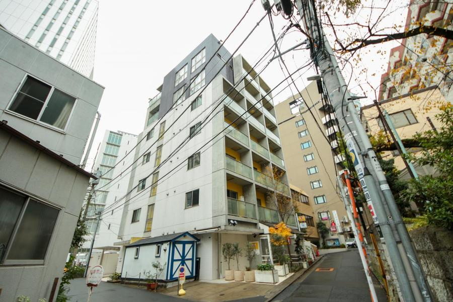最寄り駅は神泉駅。渋谷方面はもちろん、吉祥寺方面へもアクセスできます