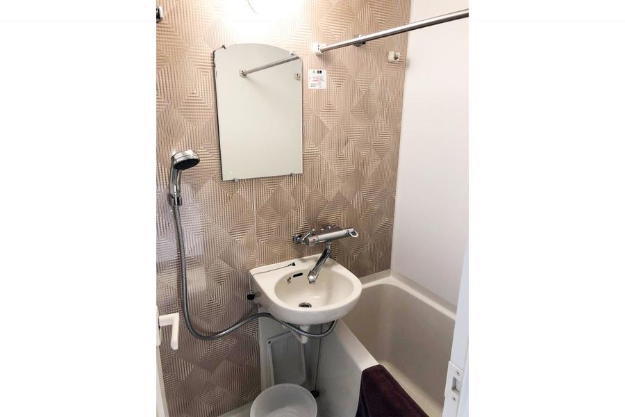 浴室には乾燥機能搭載。急ぎのお洗濯物も安心です