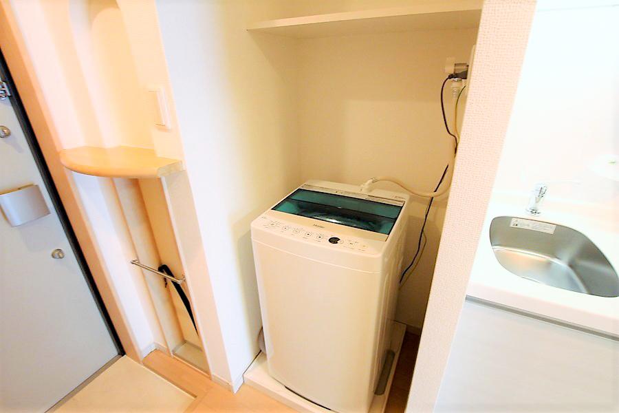 洗濯機は衛生面、防犯面でも安心の室内置きタイプです