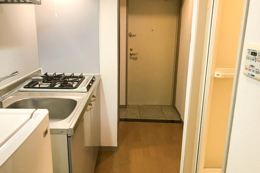 キッチン前のスペースも広めに取られており、移動もスムーズ