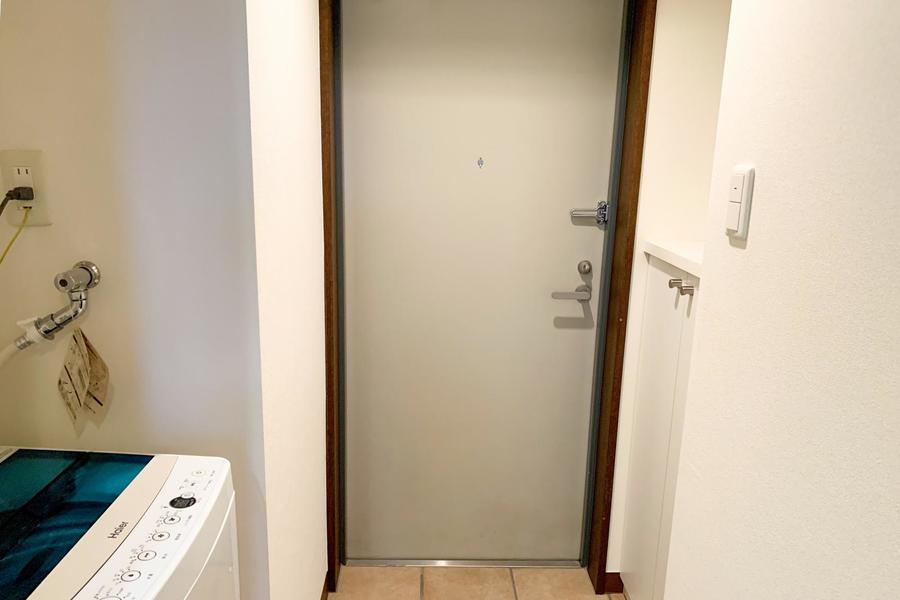 玄関にはシューズボックス完備。靴も散らからずすっきり収納
