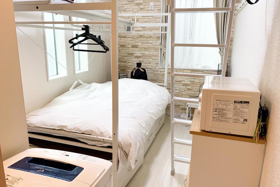お部屋は6帖と平均的な広さですが、ロフト併設で開放感抜群です