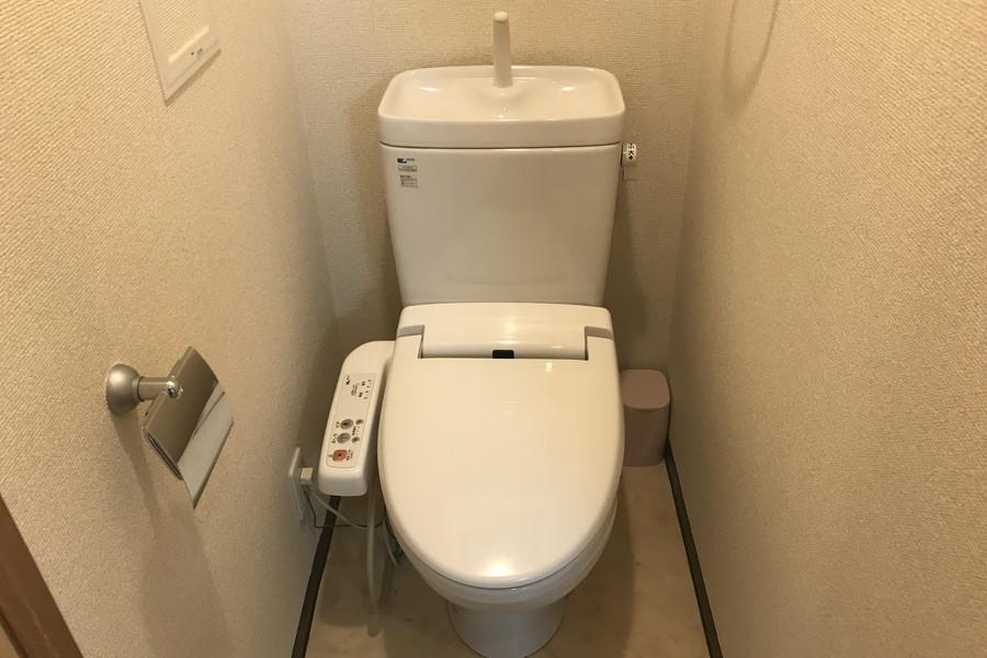 シャワートイレタイプは人気の設備です
