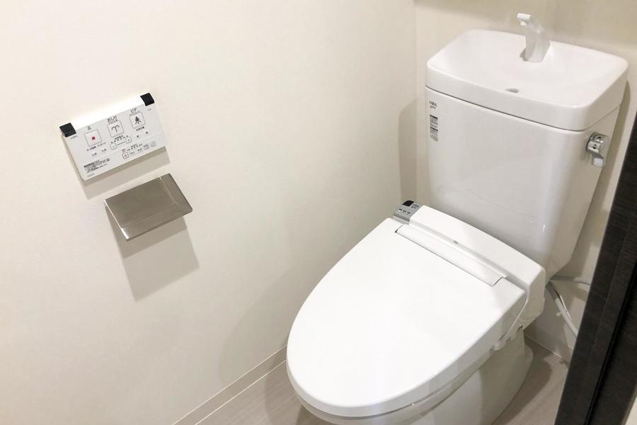 お手洗いは独立タイプで衛生面も安心