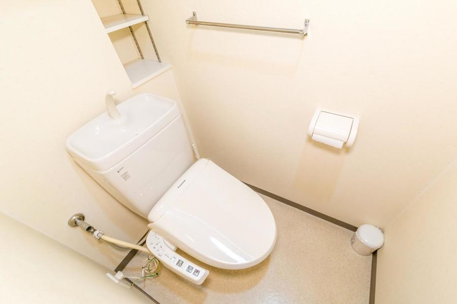 シャワートイレはこだわりのお客様も多い人気設備です