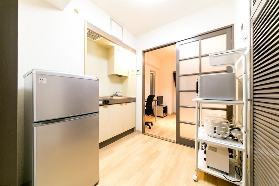 キッチンは約4帖と余裕のある作り。1Kとは思えない広さです