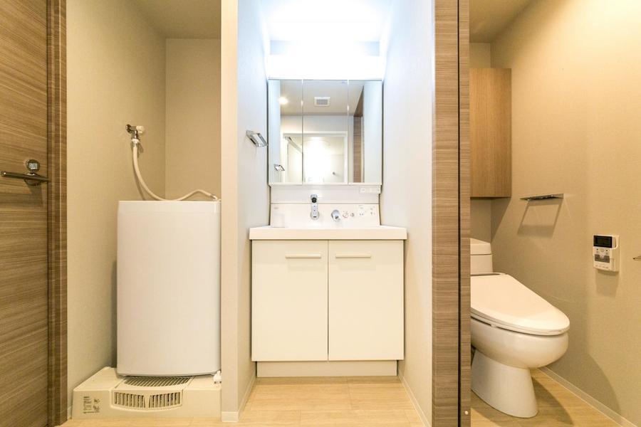 全面鏡の洗面台。見た目もさることながら実用面も優れています
