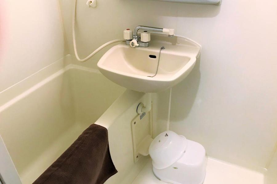 お風呂は広さ十分。さらに浴室乾燥機能つきのスグレモノです