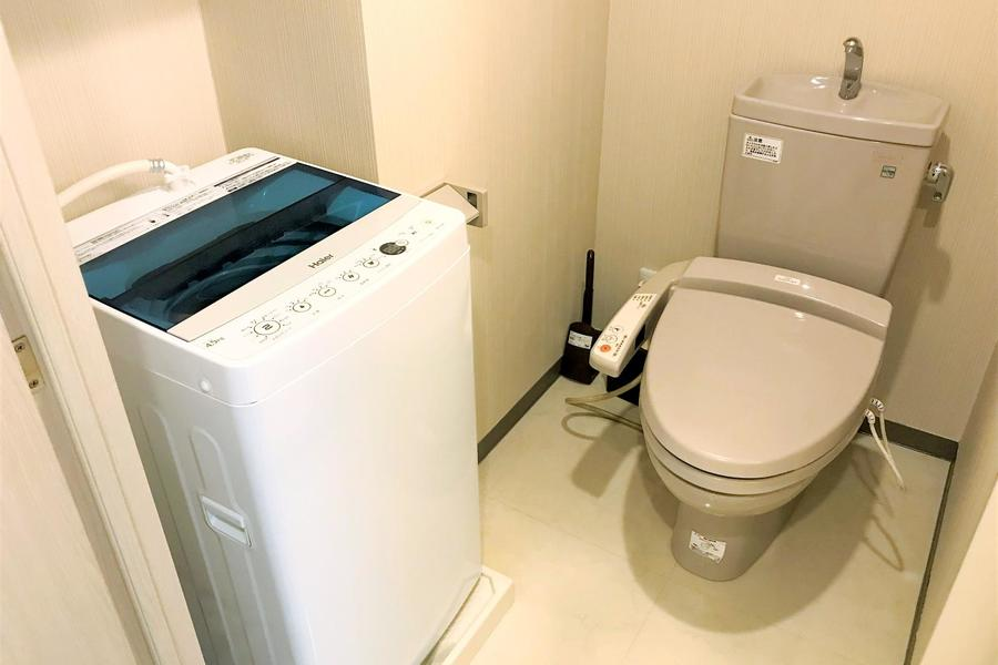 お手洗いはシャワートイレタイプ。こだわられるお客様も多い人気設備です
