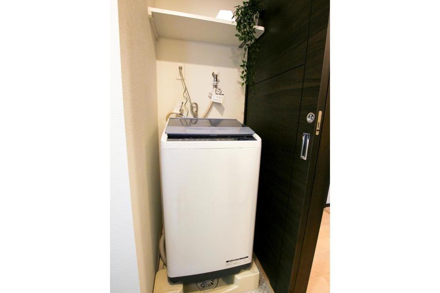 洗濯機は衛生面、防犯面共に安心な室内置きタイプ