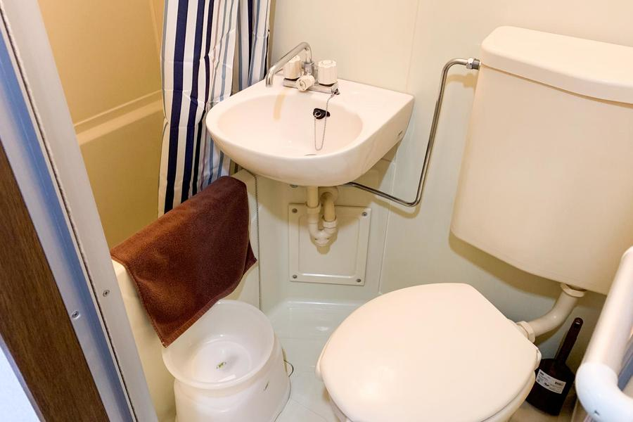 水回りは使いやすく一箇所に集約。便利な浴室乾燥機能付きです