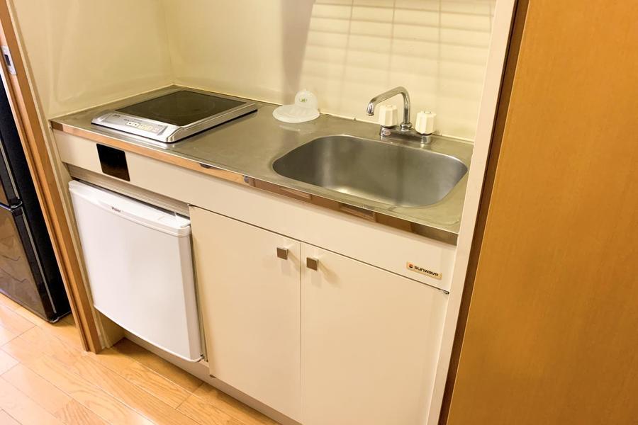 広めのシンクがポイントのキッチン。火を使わないIHコンロタイプ