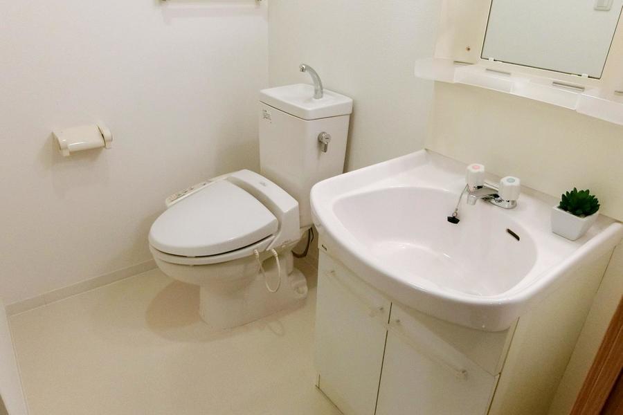 お手洗いは独立タイプ。衛生面も安心!