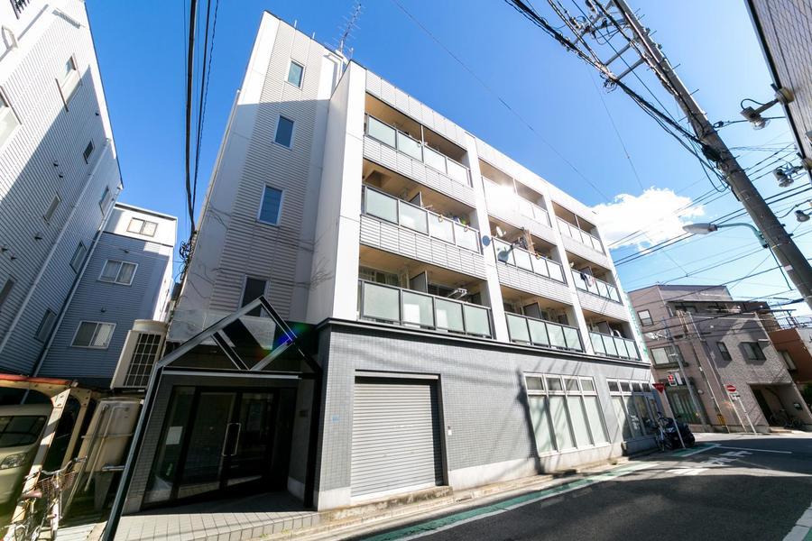 新小岩駅南口より徒歩圏内の好立地。1階には動物病院が入居されています