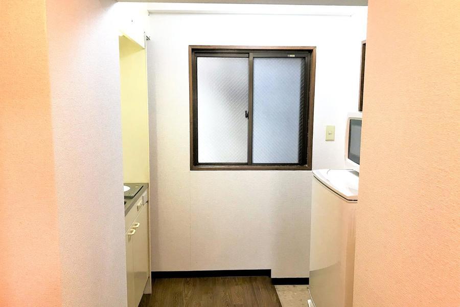 玄関部はL字形。来客時にお部屋を見られるリスクも避けられます