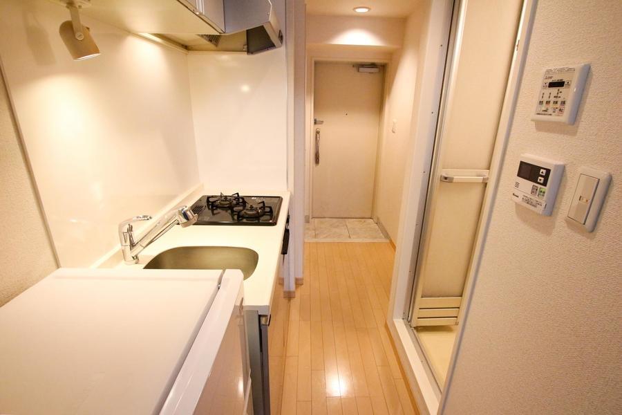 廊下の床面はお部屋と同じフローリング材を使用することで、統一感アップ
