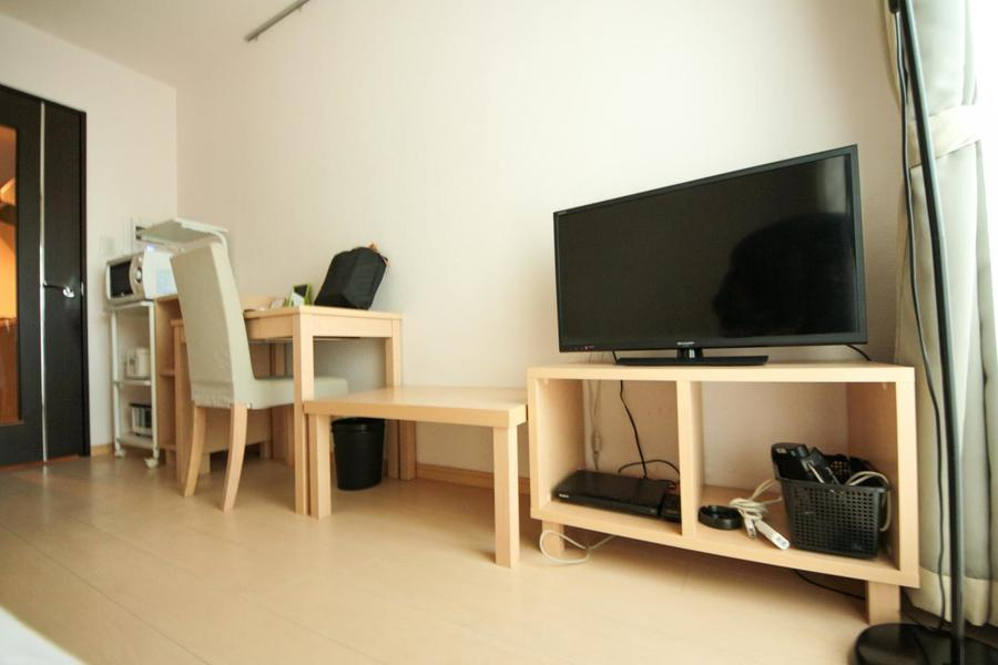 ミニテーブルはソファと併せて、ベッドサイドテーブルとしてなど幅広くお使いいただけます