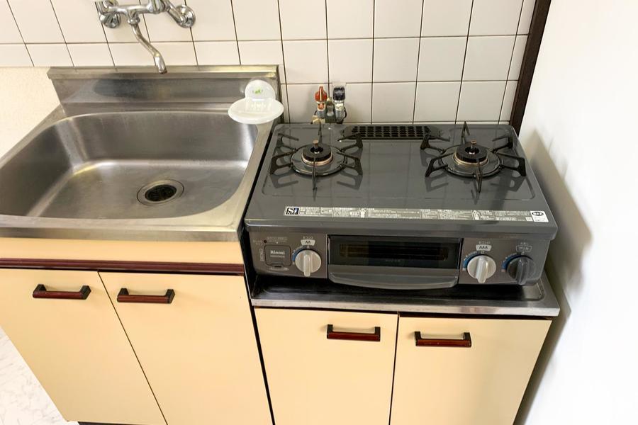 キッチンはシンク、ガスともにたっぷりの広さ