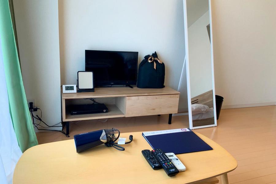 ソファ前にはローテーブル。テレビも見えやすい位置に配置しています