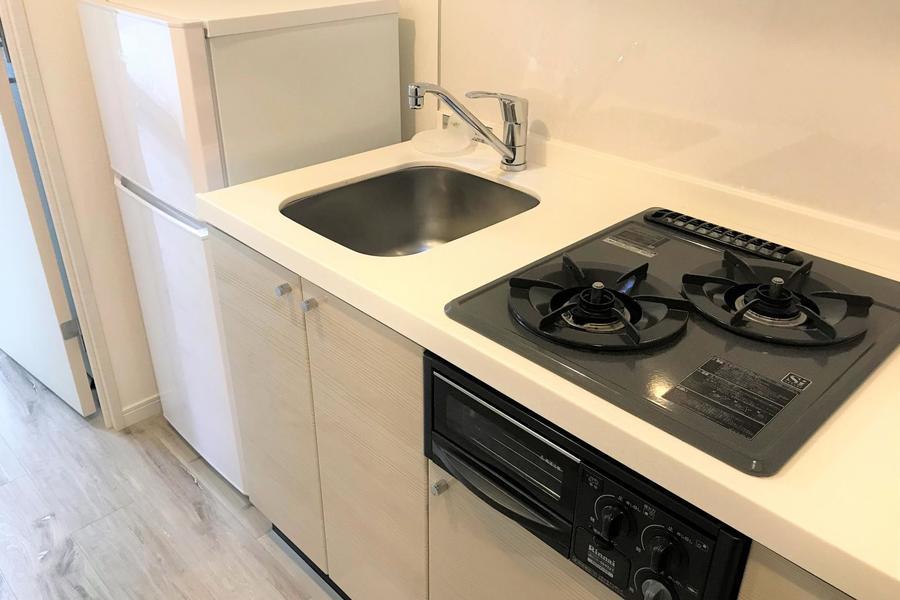 キッチンのガスコンロは2口。ちょっとしたお料理にも便利です