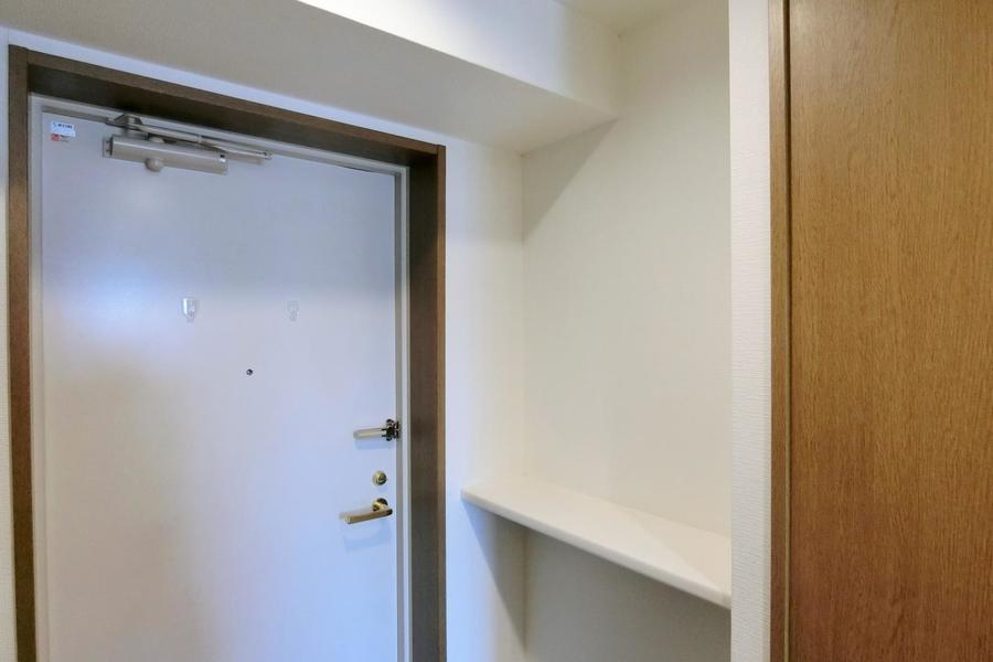 玄関先の鍵置きスペース。