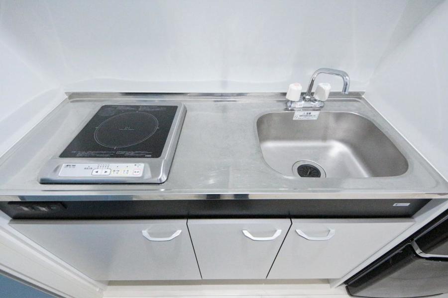 キッチンは幅もしっかり確保。大きめのシンクが特徴です。