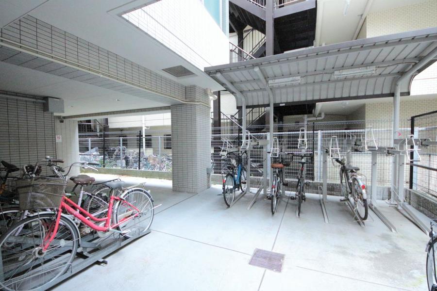 駐輪場スペースもあります!