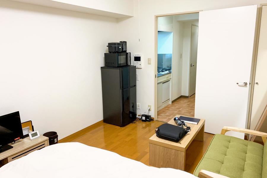 ベッドの他、生活に必要な家具家電類を多数ご用意しています