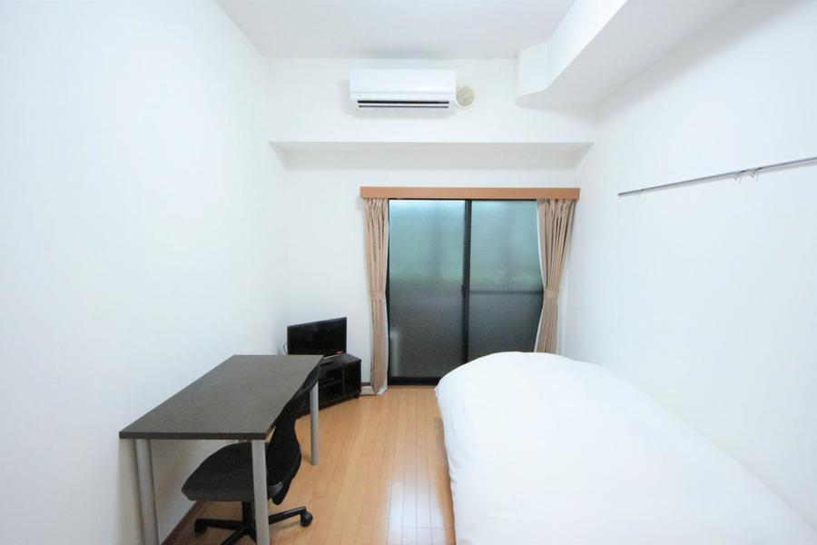 天井が高めで6.5帖のお部屋が広く感じられます!