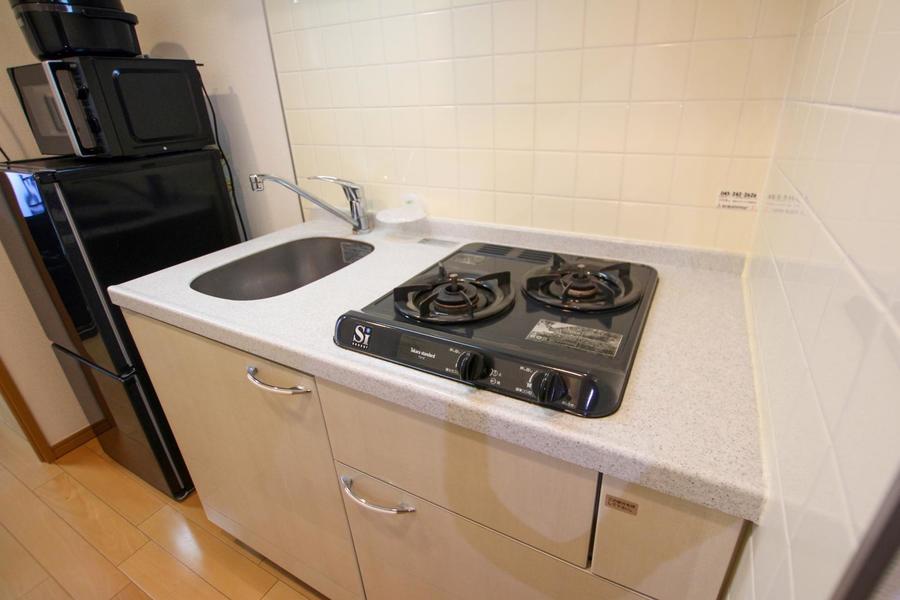 安定火力のガスコンロを設置。お料理にも便利です
