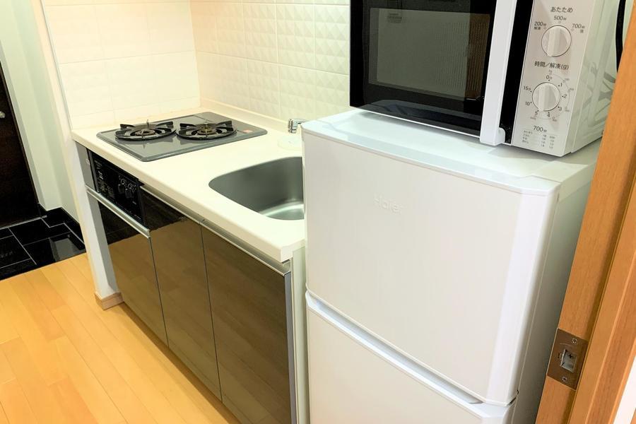 冷蔵庫などのキッチ家電は使いやすいようにシンク横に配置