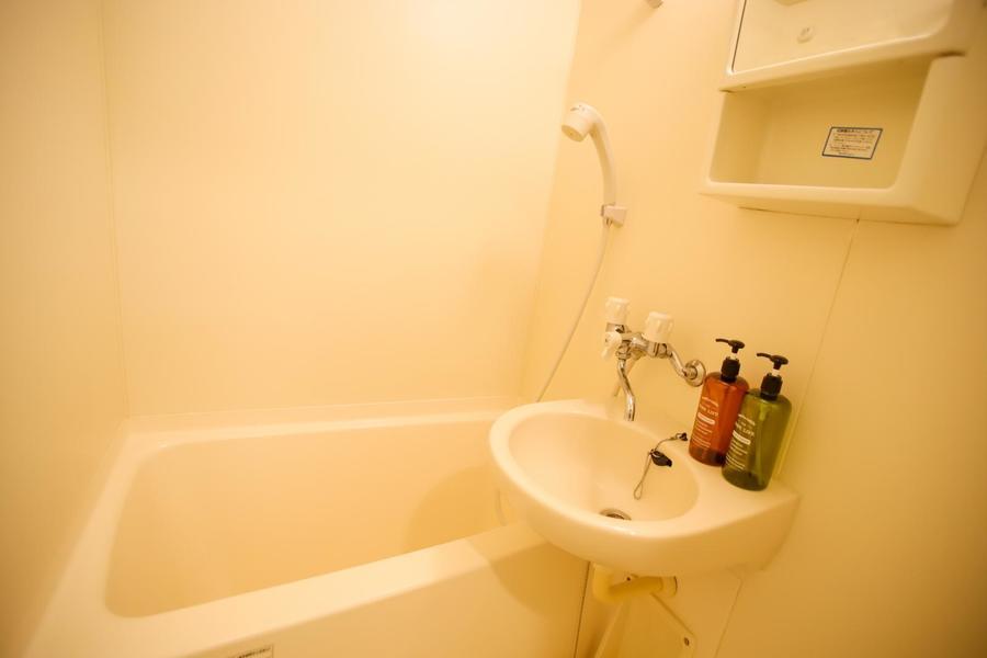 浴室乾燥機付きのお風呂場です◎