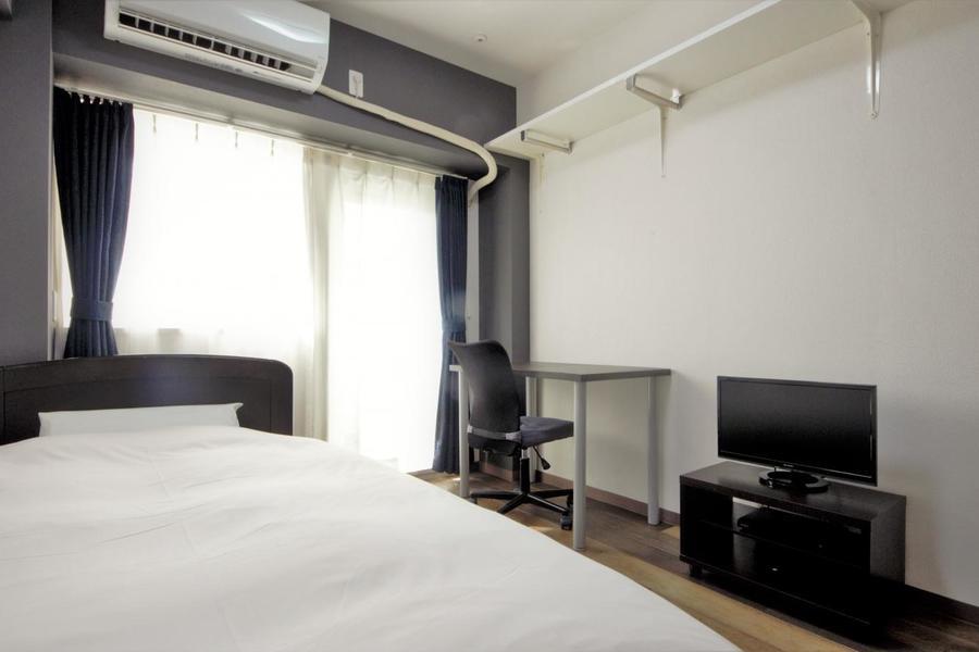 陽の光が気持ちのいい、シンプルなお部屋です。