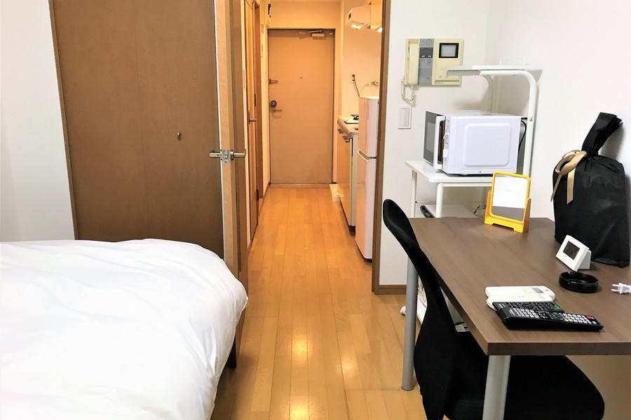 シンプルで過ごしやすいお部屋。クローゼットで収納面も安心