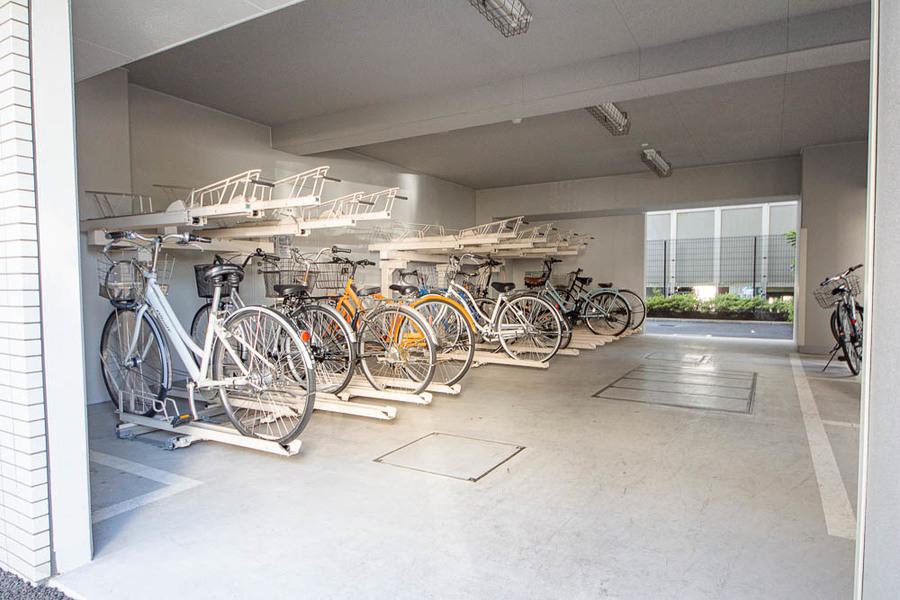 駐輪場も広いです。