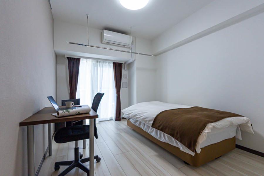 高級感のあるシンプルなお部屋です。