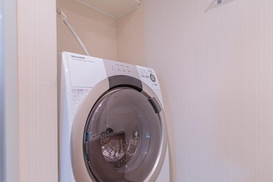 アットインには珍しいドラム式洗濯機です!乾燥機能もついていて、忙しい方の味方です