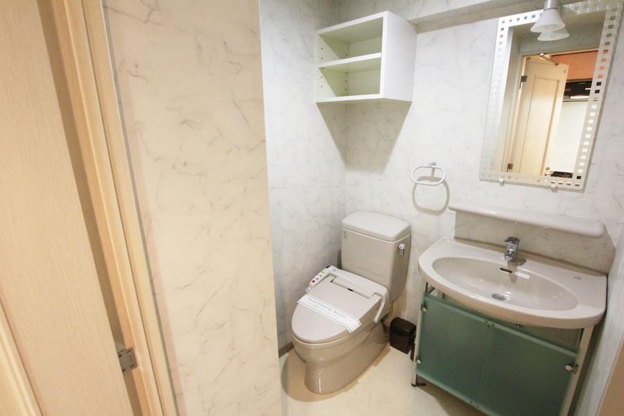 独立洗面台・トイレ