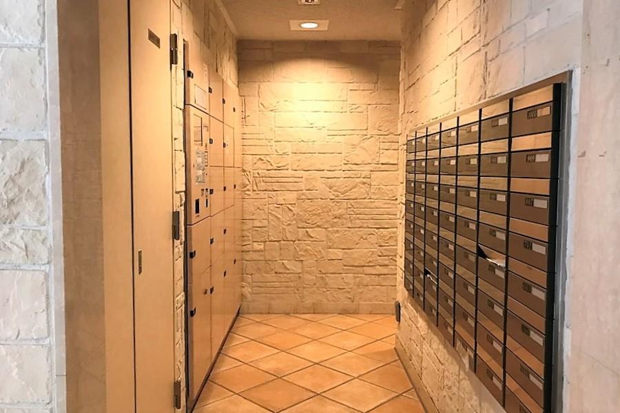 宅配ボックスはお忙しい方に人気の設備です